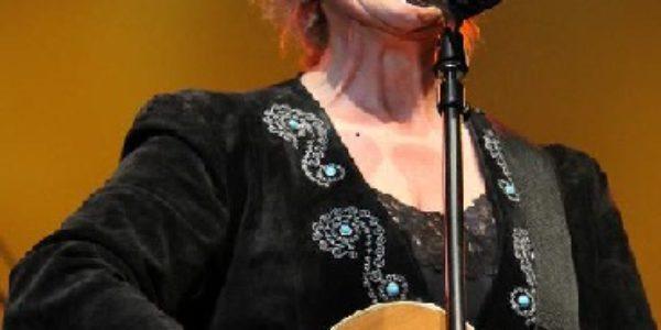 Lacy J Dalton – Country's Queen