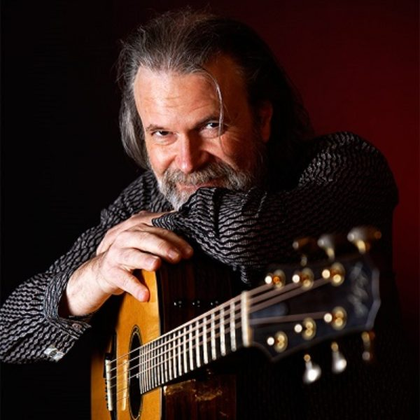 Beppe Gambetta – fingerpicking acoustic guitarist