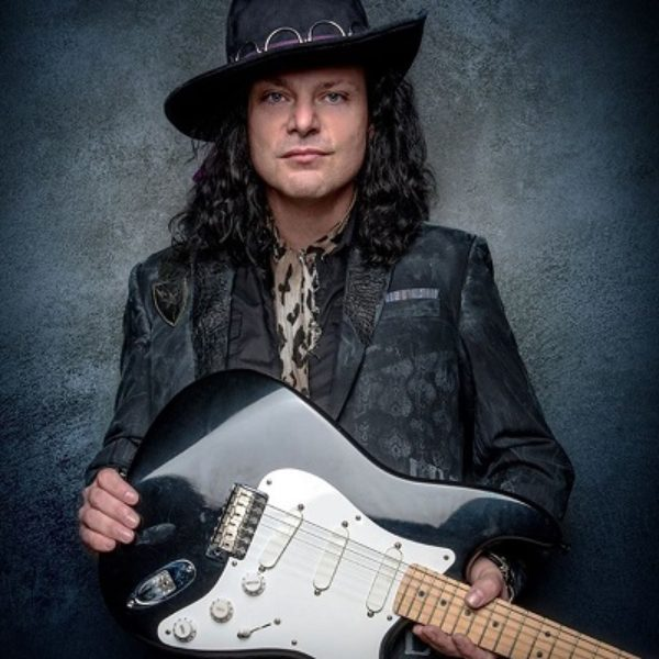 Anthony Gomes – High voltage blues