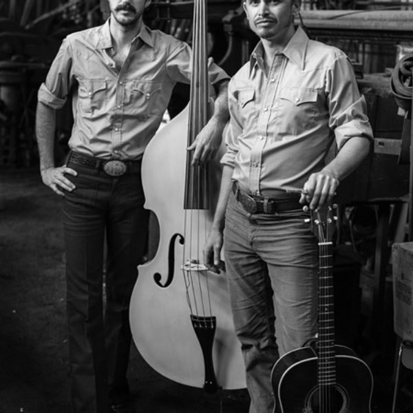 The Easy Leaves – Country – the lean Bakersfield sound