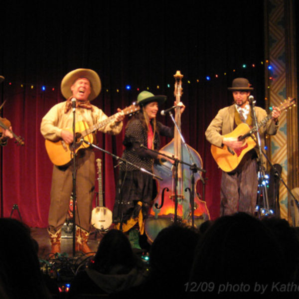 Sourdough Slim's Wild and Woolly Revue – Vintage cowboy, blues, Americana Christmas show