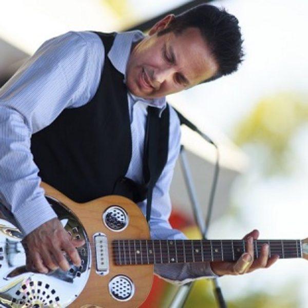 Dennis Johnson & the Mississippi Ramblers – slide guitar blues
