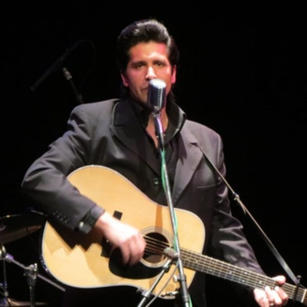 James Garner's Tribute to Johnny Cash – A tribute to Johnny Cash that walks the line!